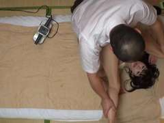 Rubdown For Married Girl On The Brim Of Ejaculation 1(Censored)