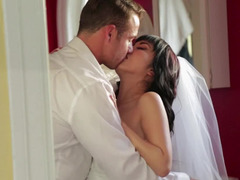 Asian bride and her groom fuck on their wedding day