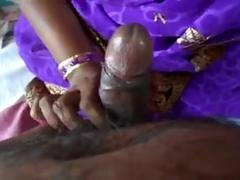 Indian sexy desi bhabi nice blowjob to boyfriend