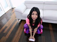 Petite teen squirter lifted and railed out