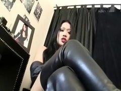 Deluxe Female In Boots
