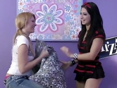 Brazzers - Teen chicks Like It Huge -  Dont Be Scared, My Cock Wont