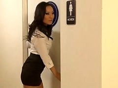 OFFICE Cutie pie ASA AKIRA WRAPS HER TIGHT Cum bucket AROUND A Large Ramrod