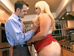 Young married BBW gets fucked in Kitchen