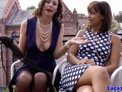 Classy retro MILF muffdiving young sub babe
