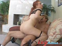 Britney Manson Spreads Her Legs and Fuck