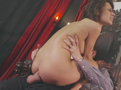 Nikita Bellucci amazes with her anal prowess