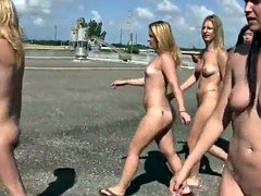 Real hazed college teen pussylicking outdoor