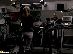 Girl Gives Blowjob After A Good Work Out - Melena