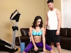 Trainer and his big cock fuck the workout slut in her tight cunt