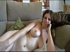 Busty girl chatting nude