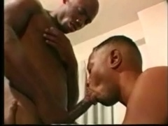 Black gay gives a rimjob to his BF and enjoys it deep from behind