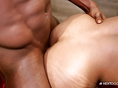 Muscle Porn Clips