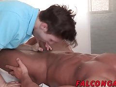 Sexy ass hunk gets fucked and cock blown in the hotel room