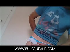 Bulge Rub And Show