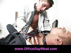Gay guy seduces his boss and gives him a blowjob