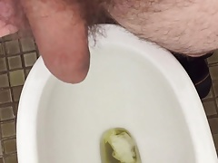 Two new Pisses...in HD!