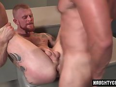 Redhead bear rimming with cumshot