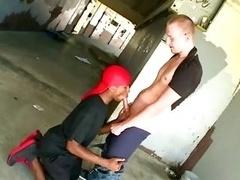 Interracial thug in doorag gets dirty