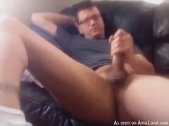 Lazy Daddy Masturbates in The Couch