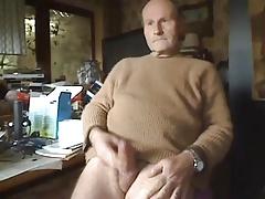 Dad stroking his uncut cock on cam