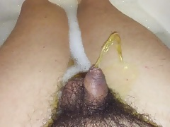 bathtube squirt
