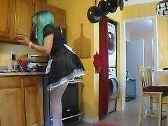 sissy cooking breakfast