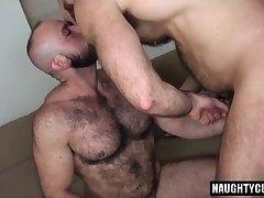 Hairy bear bareback with cumshot