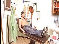 Gay dude sucking cock in hospital
