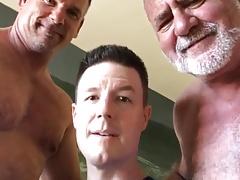 Sexy men, sexy voices (not porn)