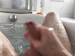 Splish splash I was having a bath...