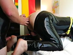 Latex play fisting attempt and fucking