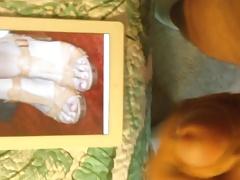 Cumming on Lana Del Rey's Feet