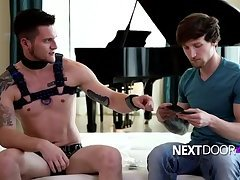 Scotty & Allen all tied up, nowhere 2go