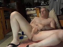 Mature cock jerking stud