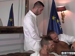 Muscle boy anal and cumshot