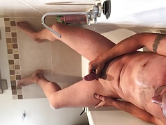 Piss and cum in bath