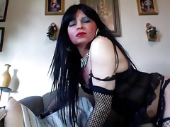 sexy mature latin CD showing off