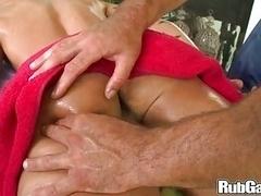 Rubgay Foreign Butt Massage