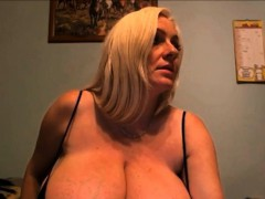 Very Hot 34k Cleavage Exposed Webcam HD  From Sexcams19,com