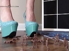 Giantess crushing army men in high heel platform shoes crush