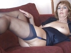 Female Shows Absolutely all 92