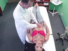 Doctor giving an splendidly hot chick a hard cock treatment