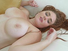 Pearl necklace for a redhead