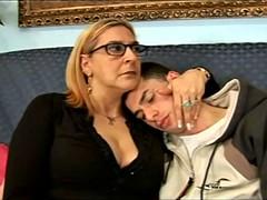 Anaal, Rijpe lesbienne, Moeder die ik wil neuken, Kousen