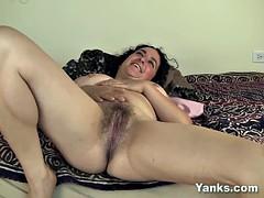 Busty Bbw Simona Masturbating