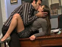 Анальный секс, Большие сиськи, Минет, Брюнетки, Фут фетиш