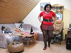 Chubby mature likes stroking