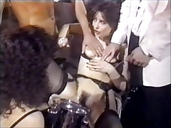 Pissing orgasm with beautiful Pam Snyder