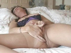 Inexperienced wife in ripped pantyhose loves masturbating